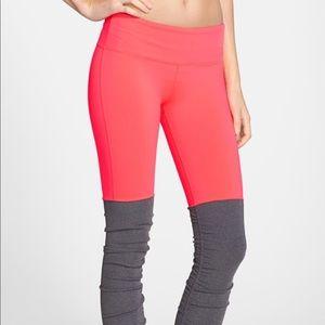 XXS Alo Goddess leggings coral leg warmers